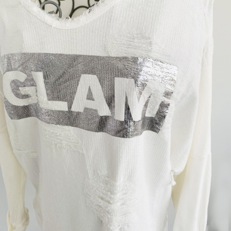 cream ripped top with silver panel (detail)