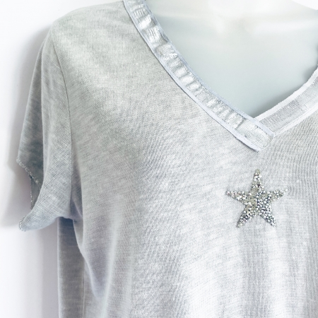 Dove grey silver star t-shirt (detail)