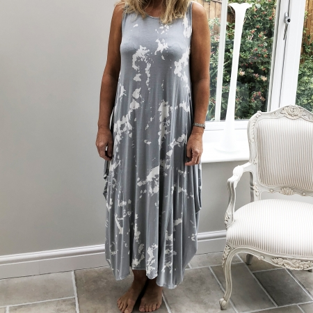 Grey tie-dye dress