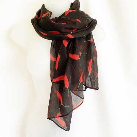 Black red chilli scarf