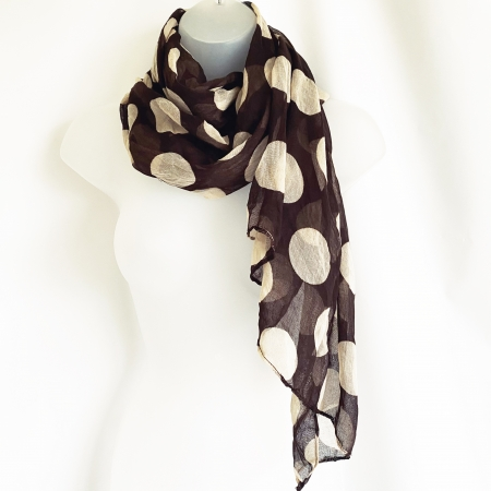 Brown and cream spotty scarf
