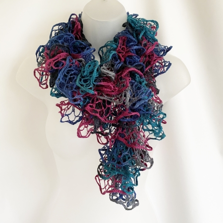 Peacock shades loopy scarf